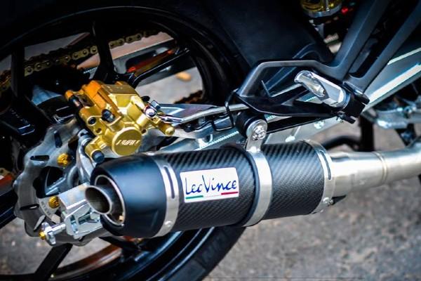 Sơn chịu nhiệt cho ống xả ô tô và xe máy